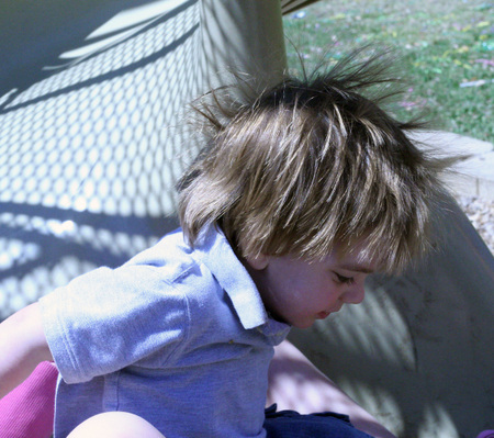 Web_deacon_slide_static_hair